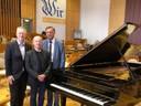 Rotary Club Bonn sponsert Renovierung des Konzertflügels der Uni